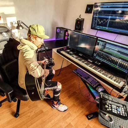 film-and-gamemusic - recording session